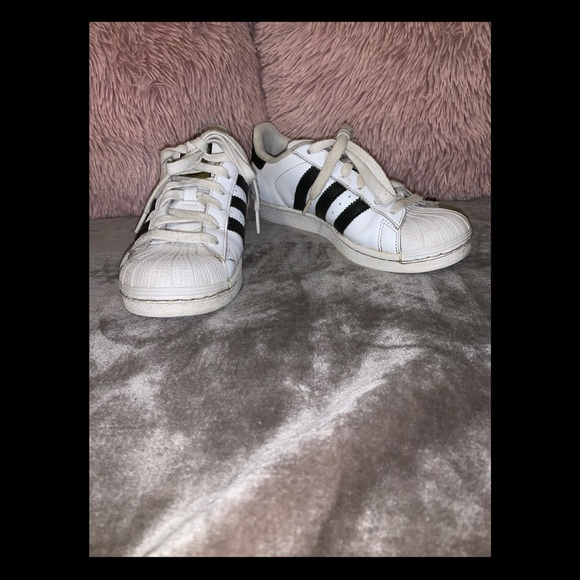 adidas Shoes | White Superstar